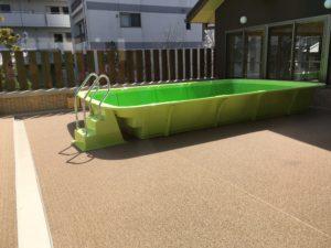 御所の杜保育園のプール