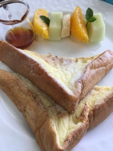 グロリアマナーホテルのフレンチトースト